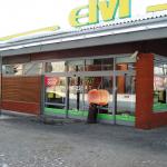 Alumīnija ieejas mezgls ar automātiskajām durvīm un stiklotas PVC sienas